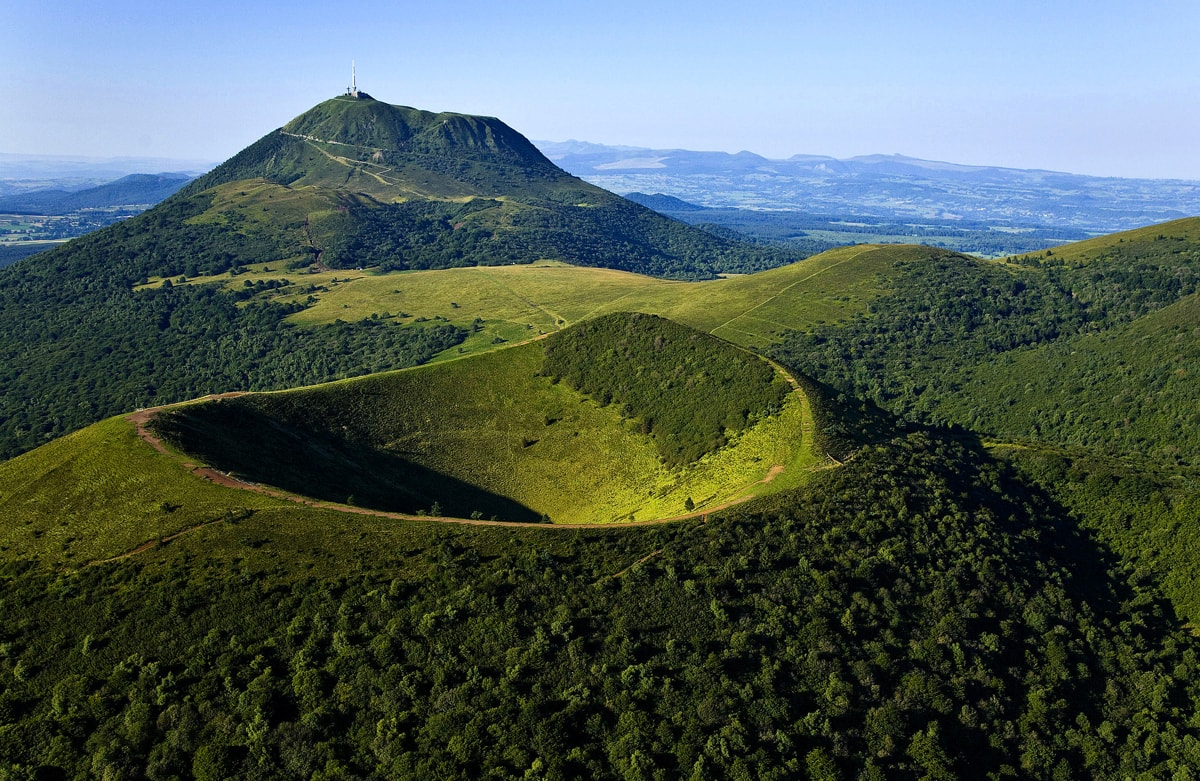 Auvergne 01 min